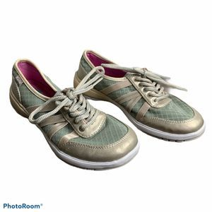 Keds Fuse Sneaker champagne size 5.5 $60